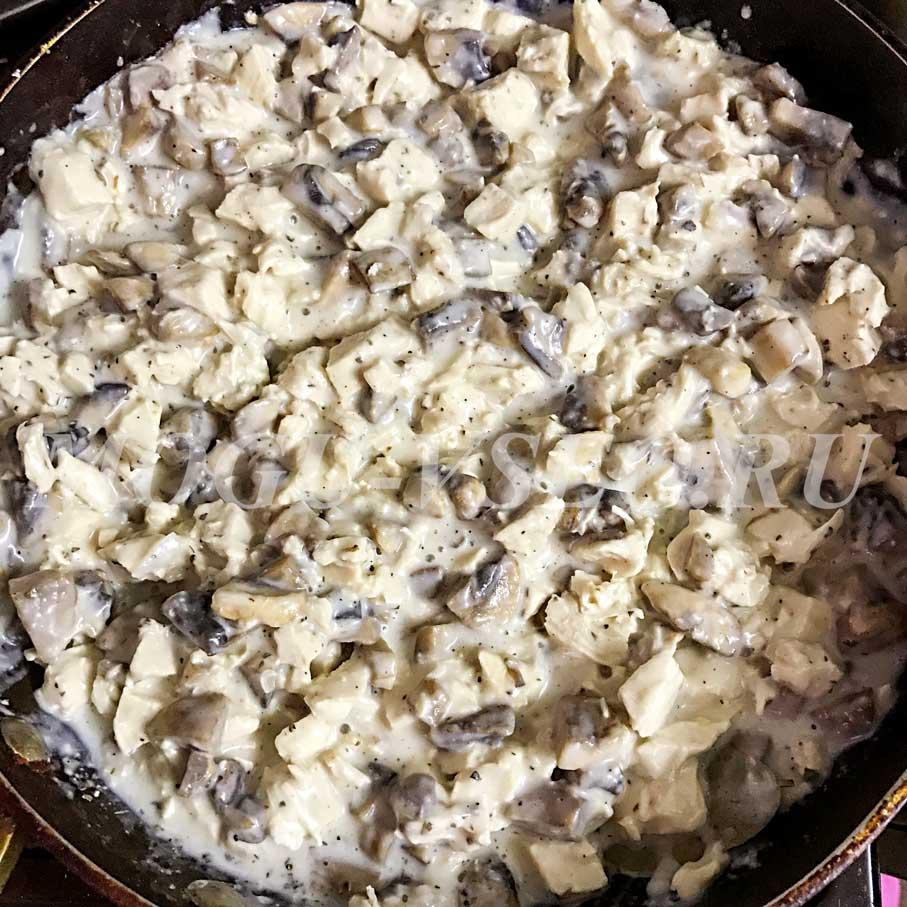 курица с грибами в соусе бешамель рецепт фото