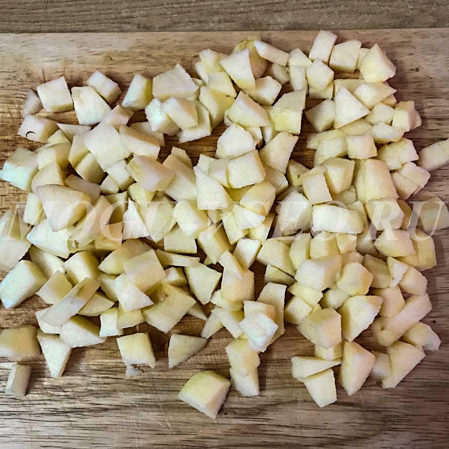 Блинчики с яблоками в карамельном соусе рецепт