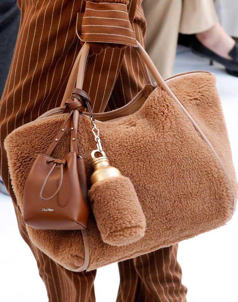 Тренд 2020 меховые сумки фото