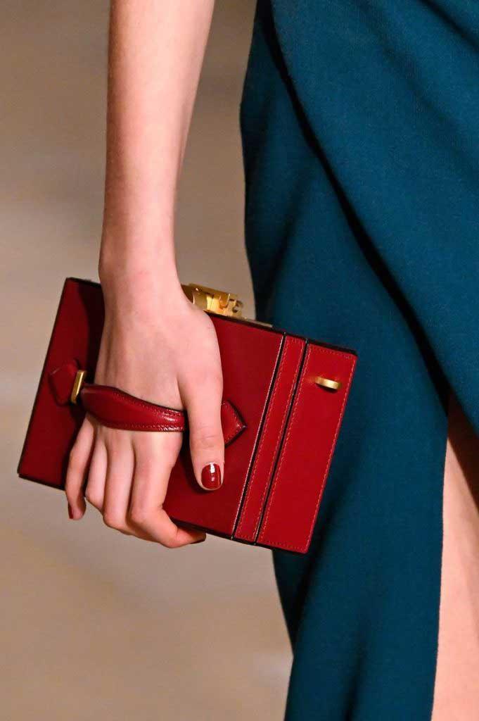 Модные сумочки-чемоданы2020 фото
