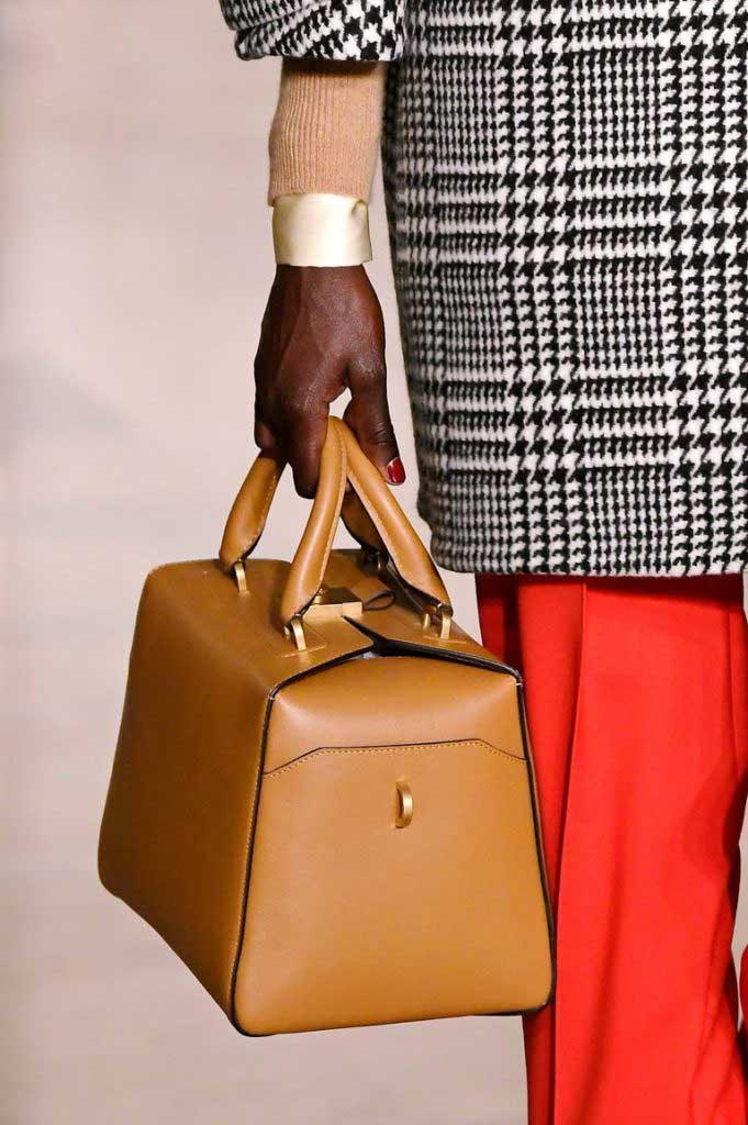 Модные сумки-чемоданы2020 фото
