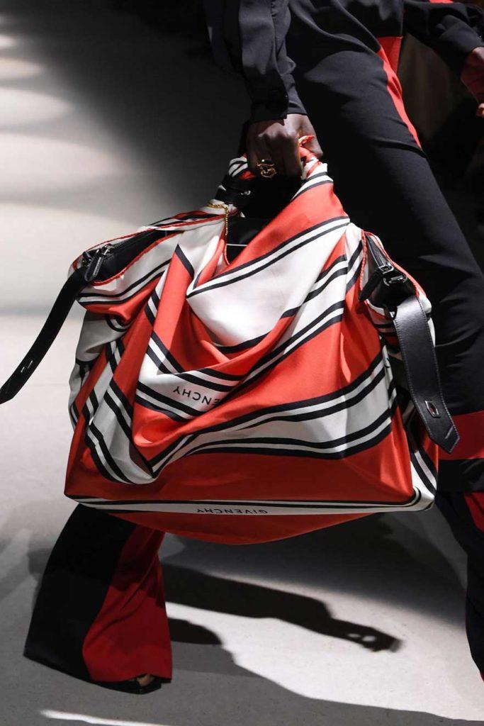 Модные сумки-платки 2020 фото