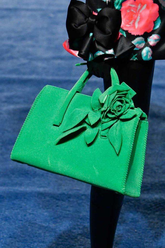 Модные сумки с цветами 2020 фото