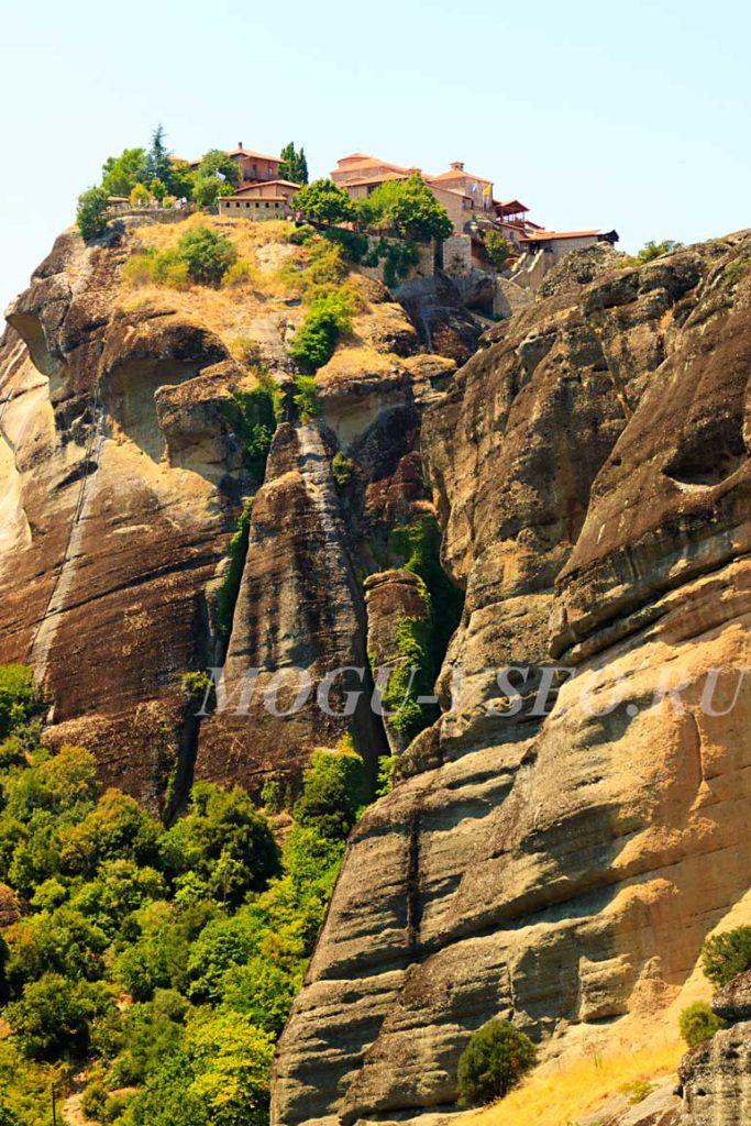 монастыри Метеоры Греция фото