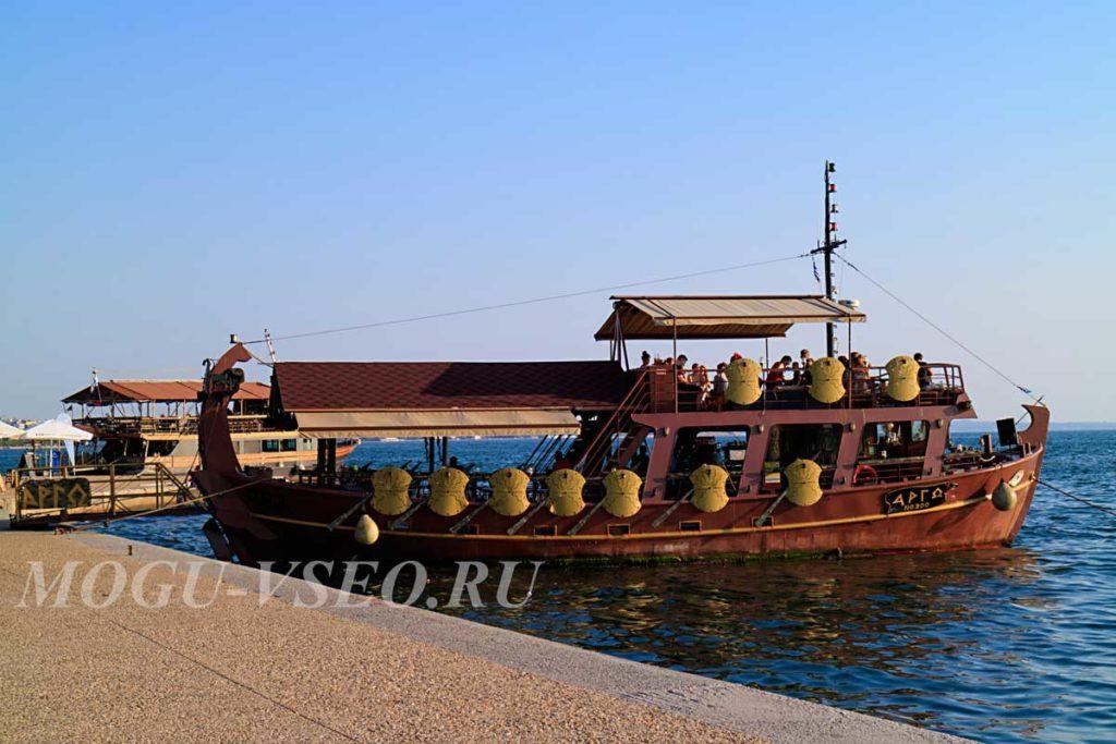 Салоники корабль фото