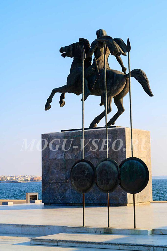 Салоники памятник набережная  фото