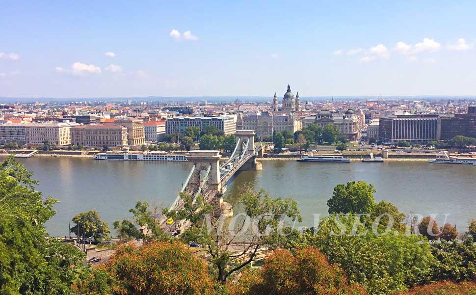 Будапешт вид на реку и мост фото
