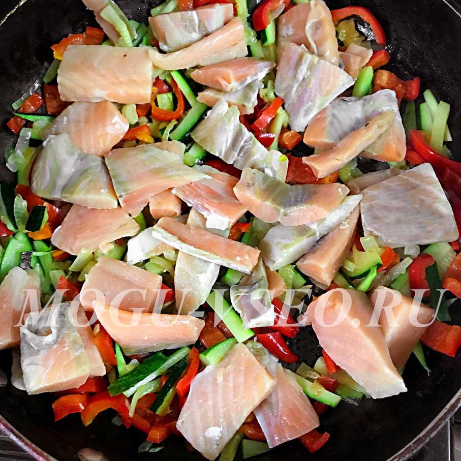 паста с семгой и овощами рецепт фото