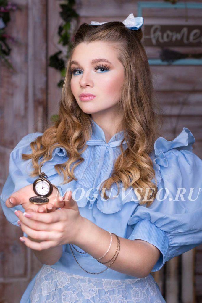 фотосессия Алиса в стране чудес часы фото